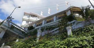 Dekeling Hotel - Darjeeling - Building