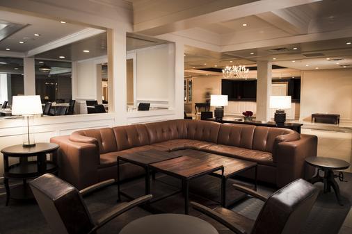 Kirkley Hotel A Trademark Collection Hotel - Lynchburg - Living room