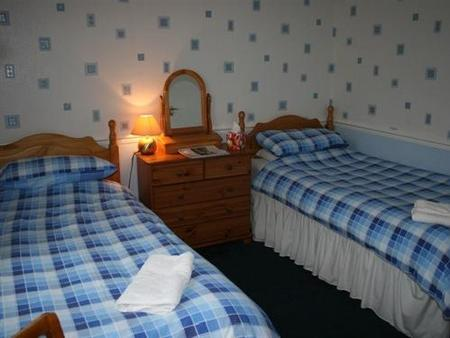 Glenview Guest House - Oban - Bedroom