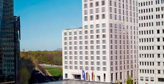 The Ritz-Carlton, Berlin - Berlin - Building