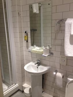 The Brighton Hotel - Brighton - Bathroom