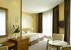 Sercotel Sorolla Palace - Valencia - Bedroom