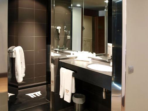 Hotel Sercotel Cuatro Postes - Ávila - Bathroom