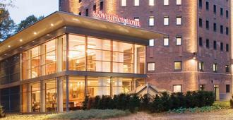 Mövenpick Hotel Hamburg - Hamburg - Building