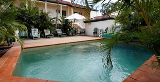 Toowong Central Motel Apartments - Brisbane - Pool