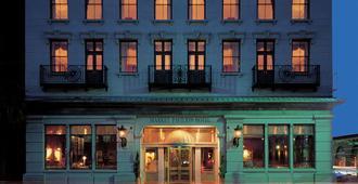 Market Pavilion Hotel - Charleston - Building