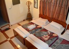 Hotel Mounk Kailash - Pokhara - Bedroom