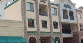 Mineral Palace Hotel & Casino - Deadwood - Building