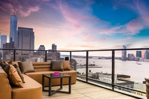 Hotel Hugo - New York - Balcony