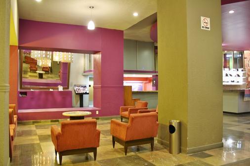Hotel San Francisco Centro Histórico - Mexico City - Living room