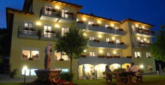 Hotel Daniela - Levico Terme - Building