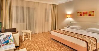 PGS Hotels Kiris Resort - Kemer - Bedroom