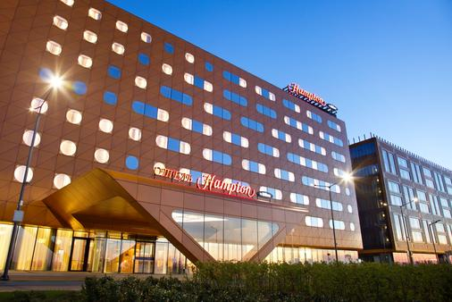Hampton by Hilton St Petersburg Expoforum - Saint Petersburg - Building