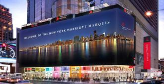 New York Marriott Marquis - New York - Building