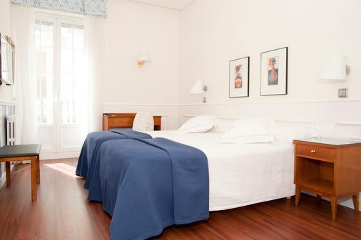 Hotel Sauce - Zaragoza - Bedroom
