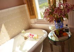 Manayunk Chambers Guest House - Philadelphia - Bathroom