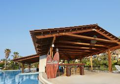 Portaventura Hotel El Paso - Theme Park Tickets Included - Salou - Pool