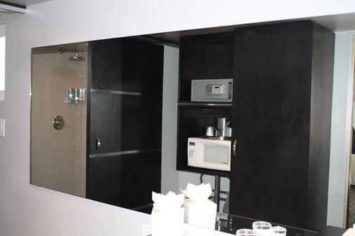 Hotel Current - Long Beach - Room amenity