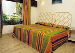 Sands Acapulco Hotel & Bungalows - Acapulco - Bedroom