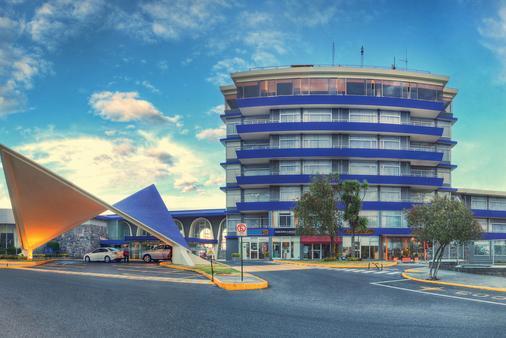 Hotel Quito - Quito - Building