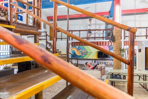 Hostel Playa by the Spot - Playa del Carmen - Stairs