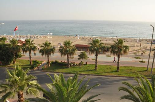 Kleopatra Celine Hotel - Alanya - Beach