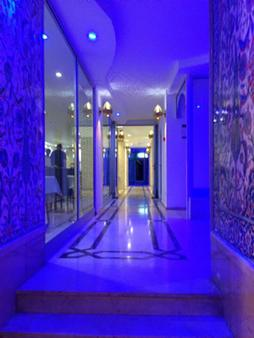 Kleopatra Celine Hotel - Alanya - Hallway