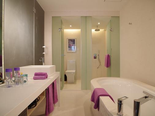 Onehome Art Hotel Shanghai - Shanghai - Bathroom
