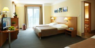 Act-ION Hotel Neptun - LifeClass Hotels & Spa - Portoroz - Bedroom