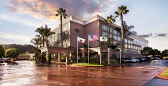 DoubleTree by Hilton San Diego - Del Mar - San Diego - Building
