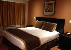 Monterey Surf Inn - Monterey - Bedroom