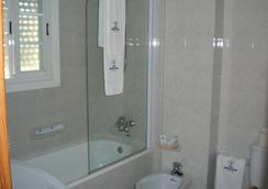 Hotel Ancora - Sanxenxo - Bathroom