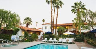 Alcazar Palm Springs - Palm Springs - Building