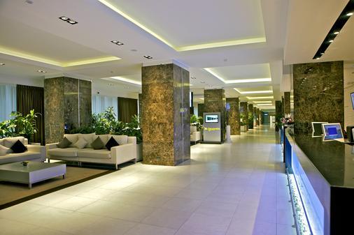 Zhemchuzhina Grand Hotel - Sochi - Hallway