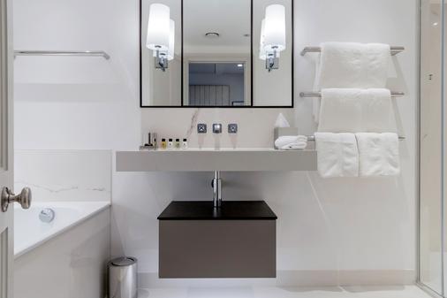 Old Bank Hotel - Oxford - Bathroom