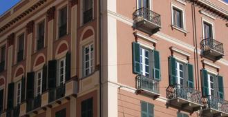 Ca' Del Sol B&B - Cagliari - Building