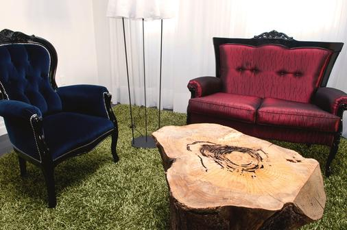 Hotel Chez Swann - Montreal - Living room