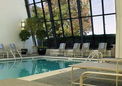 Renaissance Denver Stapleton Hotel - Denver - Pool