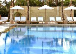 Tribute Portfolio Resort Royal Palm South Beach Miami - Miami Beach - Pool