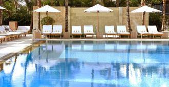 Royal Palm South Beach Miami, a Tribute Portfolio Resort - Miami Beach - Pool
