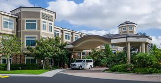 West Inn And Suites - Carlsbad - Building