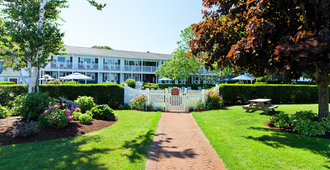 Seaglass Inn & Spa - Provincetown - Building