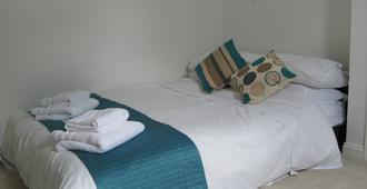 Number 64 - Salisbury - Bedroom