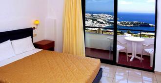 Pela Mare Hotel - Agia Pelagia - Bedroom