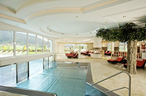 Hotel Edenlehen - Mayrhofen - Pool