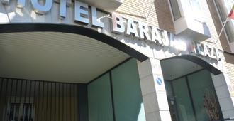 Hotel Barajas Plaza Madrid - Madrid - Building
