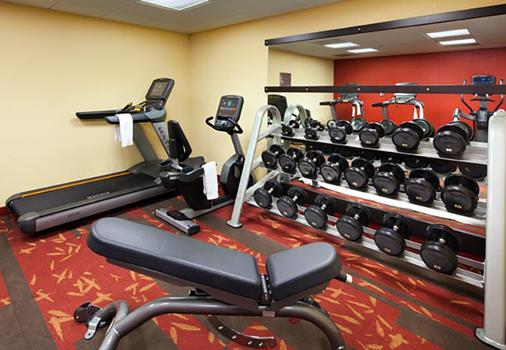 Courtyard by Marriott Los Angeles Pasadena Old Town - Pasadena - Gym