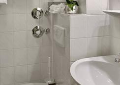 Best Western Hotel Mannheim City - Mannheim - Bathroom