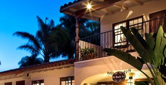 Casa Del Mar Inn B&b - Santa Barbara - Building