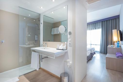 Be Live Adults Only Marivent - Palma de Mallorca - Bathroom